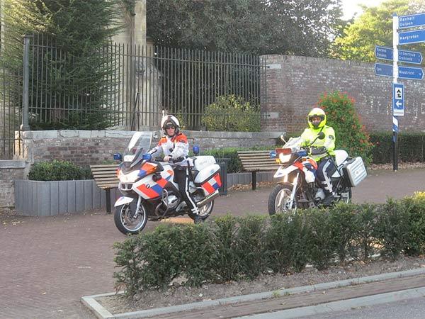 Politie te motor