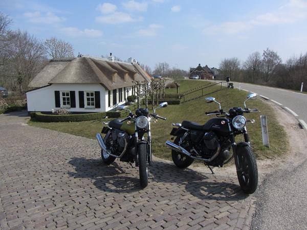 Twee motoren